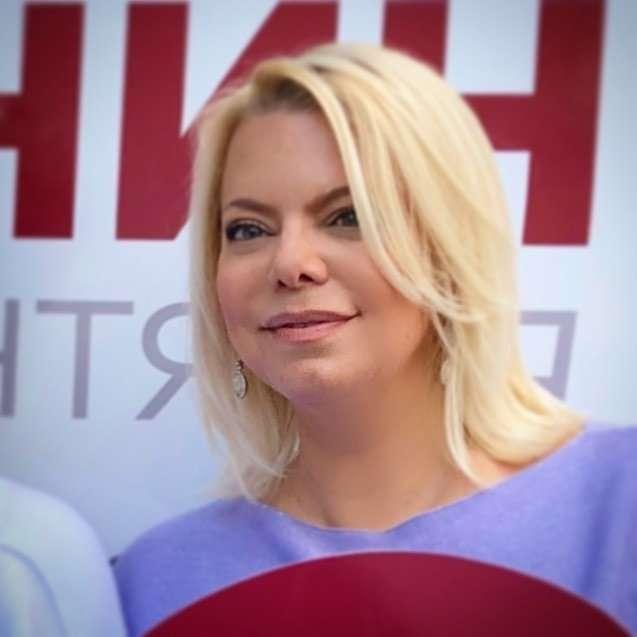Яна Поплавская поделилась фирменным рецептом аджики