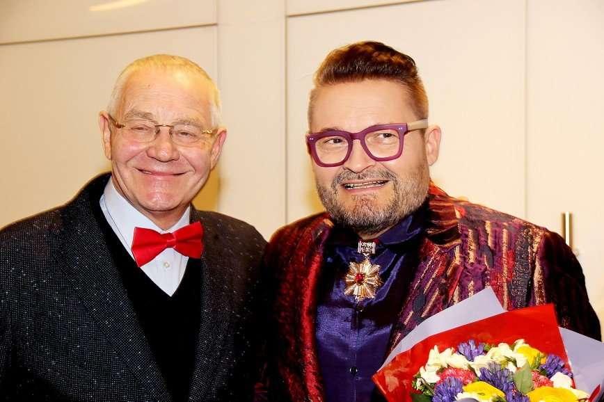 Тамара Гвердцители и Алена Свиридова поздравили Александра Васильева с юбилеем