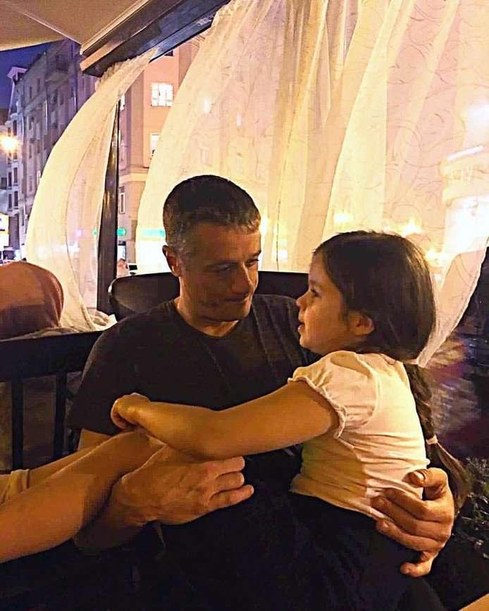 «В бабушку пошла»: в сети обсуждают подросшую внучку Любови Полищук