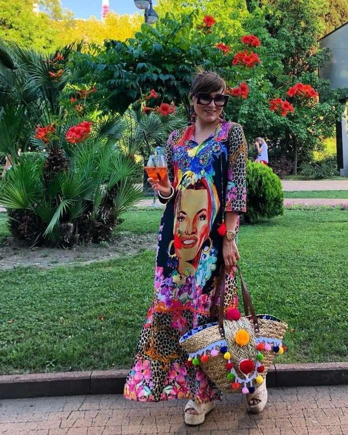 «Все цвета Африки»: Жанна Мартиросян выбрала наряд на грани безвкусицы